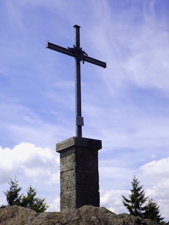 Das Gipfelkreuz ist vom DAV