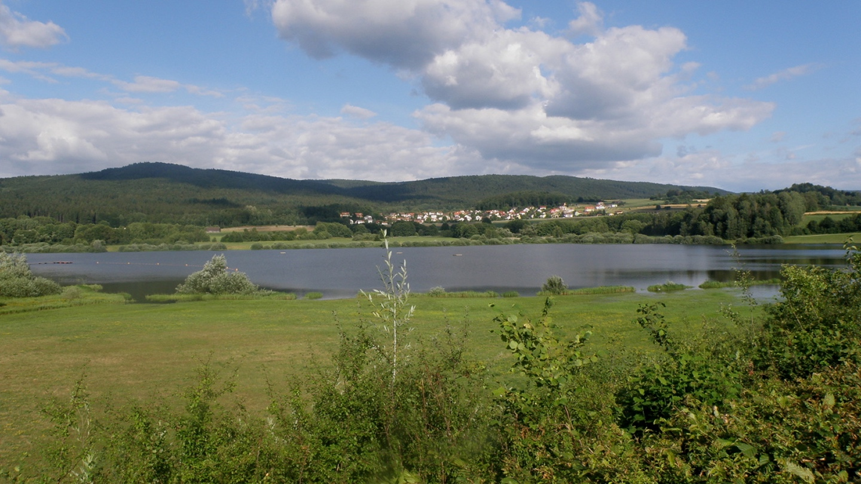 Wer entdeckt den Čerchov hinter Perlhütte?