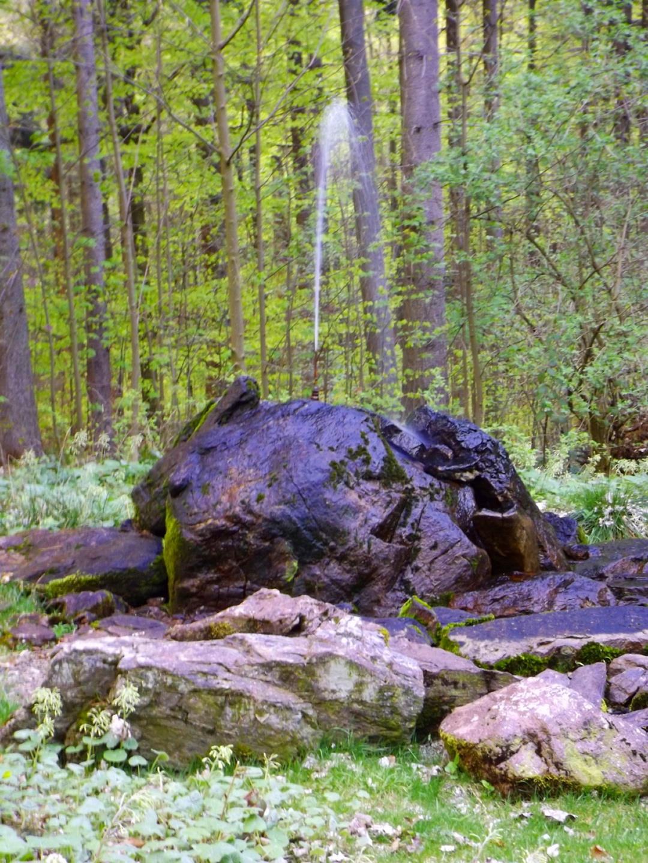 Springbrunnen an der Abzweigung