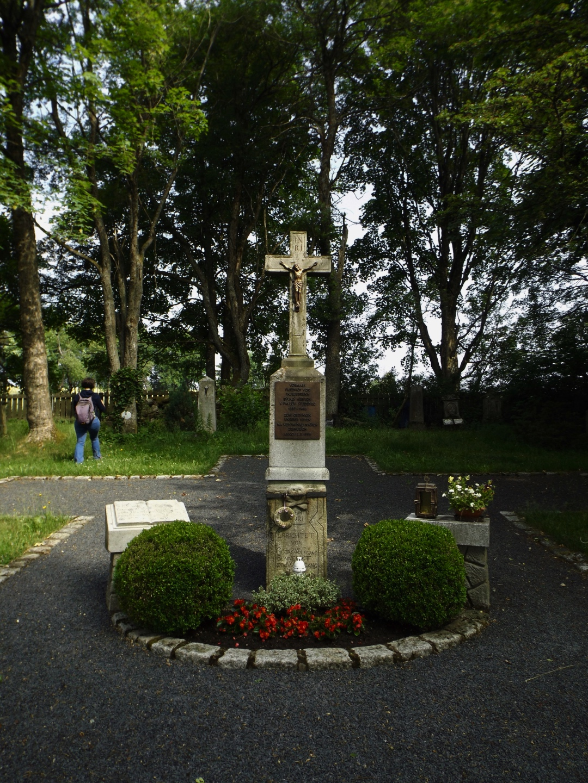 Im Friedhof