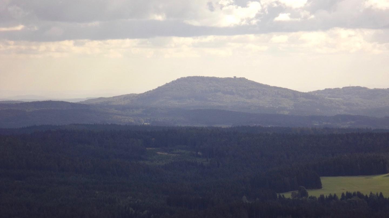 Heute konnte man die Burgruine auf dem Přimda deutlich erkennen