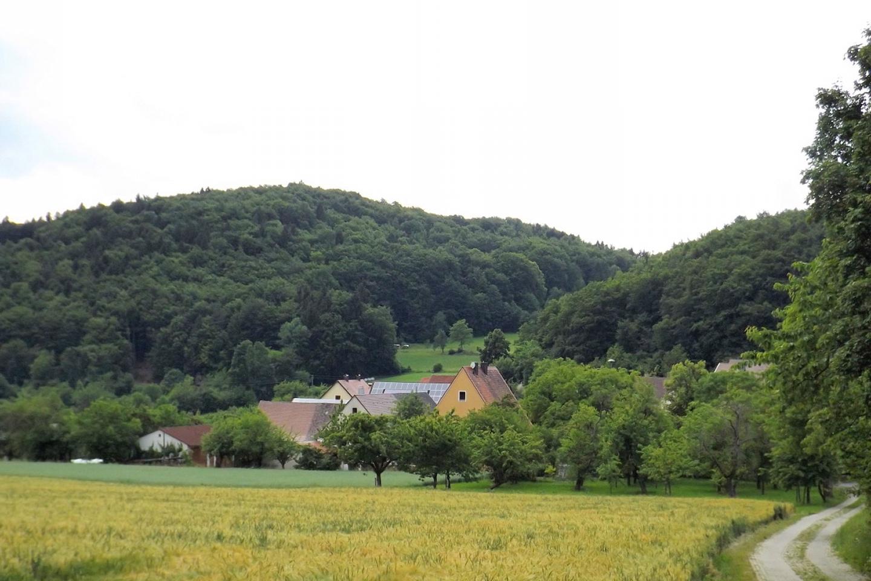 Mittelburg vor dem Hochberg