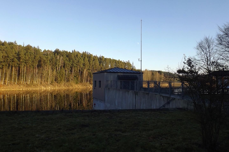 Ein kleines Technikgebäude muss sein