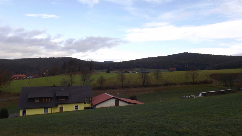 Blauer Himmel zwischen Warberg und Bockskirn