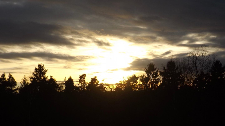 Beginn eines herrlichen Sonnenuntergangs