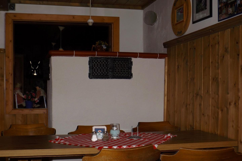 Kachelofen im Osserschutzhaus