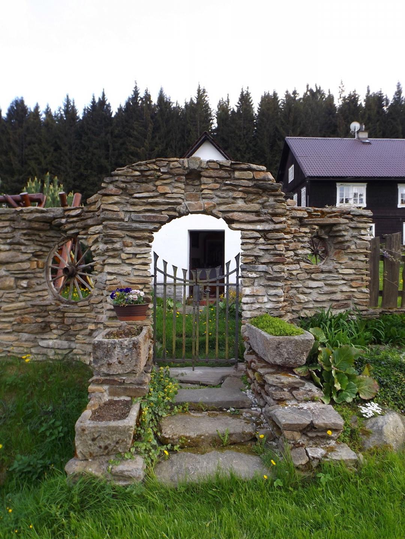 Kapelle mit Zugang im alten Stil