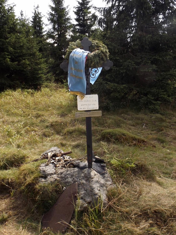 Gedenkkreuz am Bärenlochriegel
