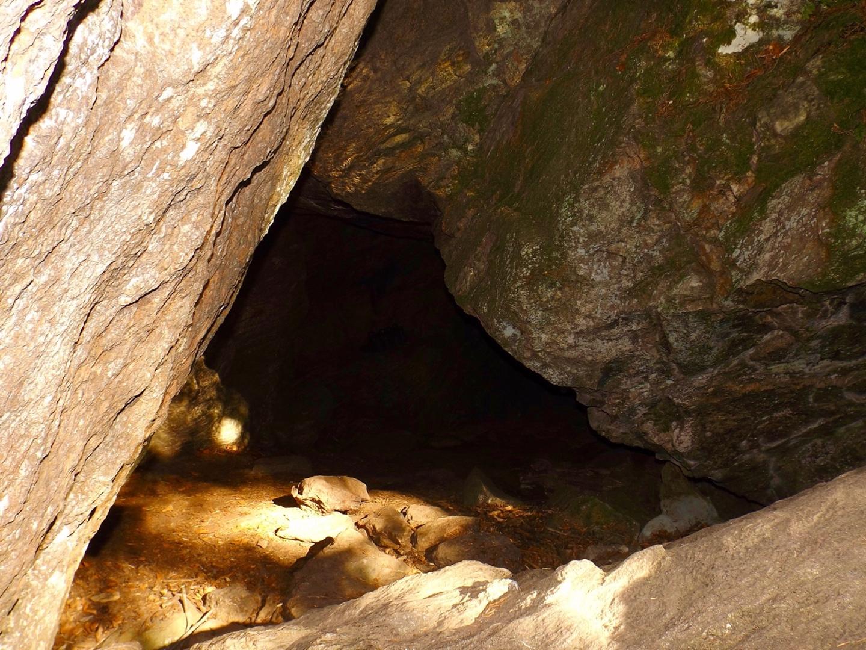 Die Räuber-Heigl-Höhle...